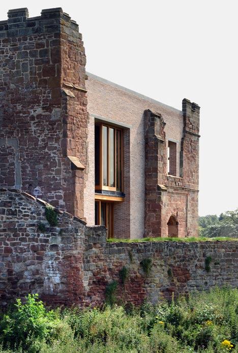 dezeen_Astley-Castle-by-Witherford-Watson-Mann_2