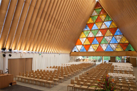 temporary-cardboard-cathedral-new-zealand