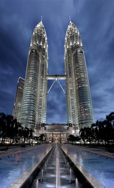 archphotoSkybridge-Petronas