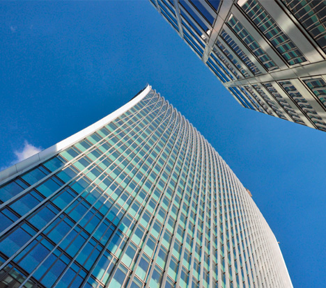 archphotoreflected-light-london-skyscraper