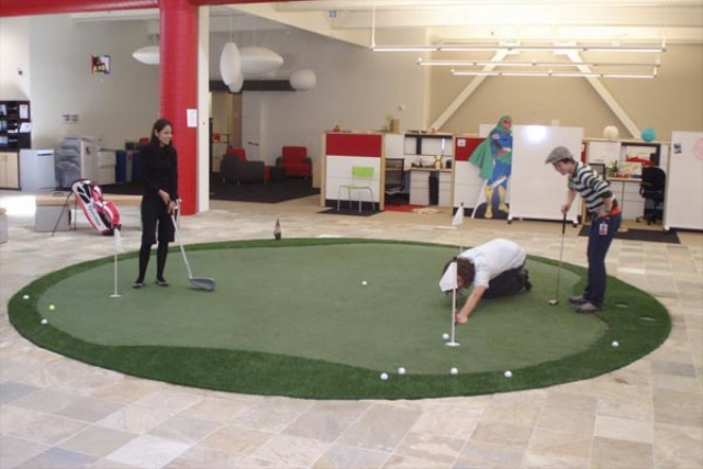 youtube-office-golf