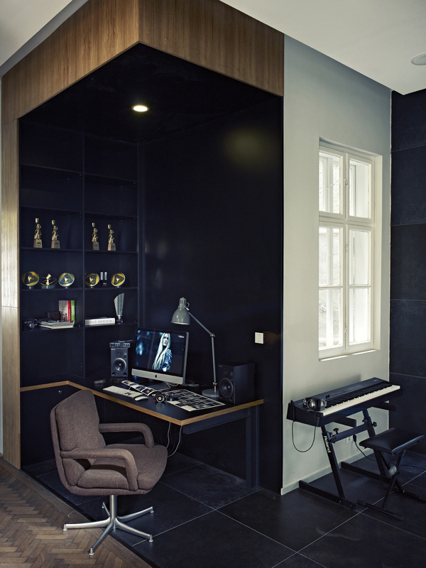 Modern, elegant office space.